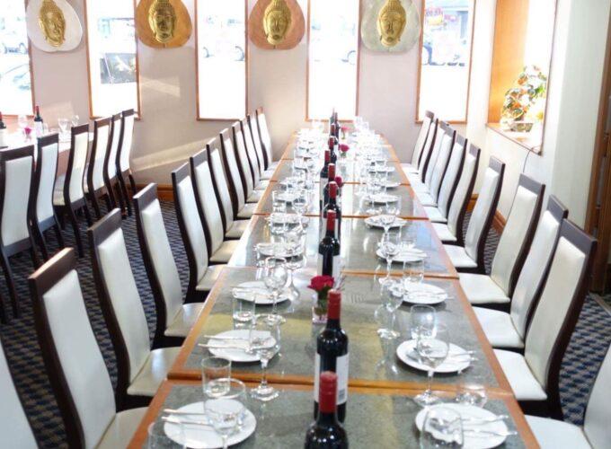dinner_table_4
